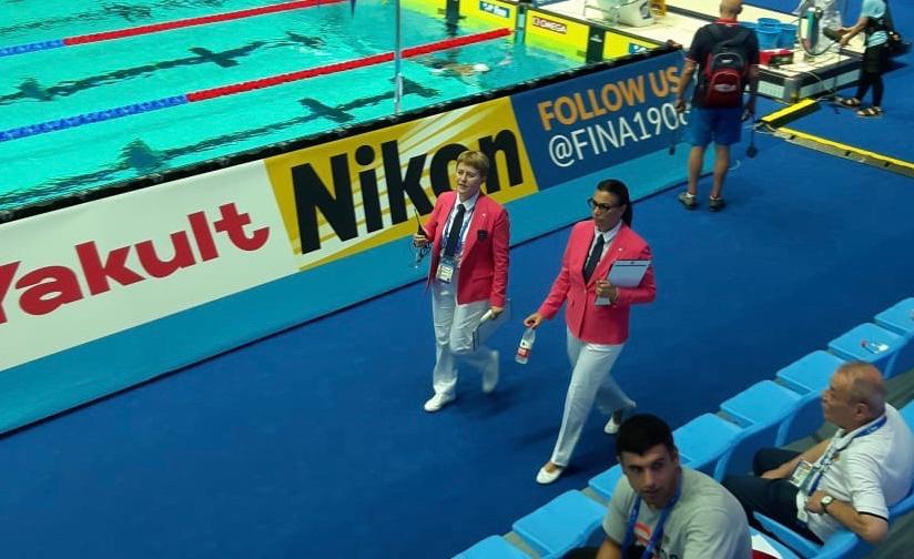 Il Gruppo Ufficiali Gara a Budapest. Silvia Atzori e Barbara Caloi per il nuoto.
