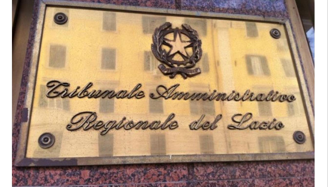 Piscina, i permessi per realizzarla: interviene il TAR Lazio