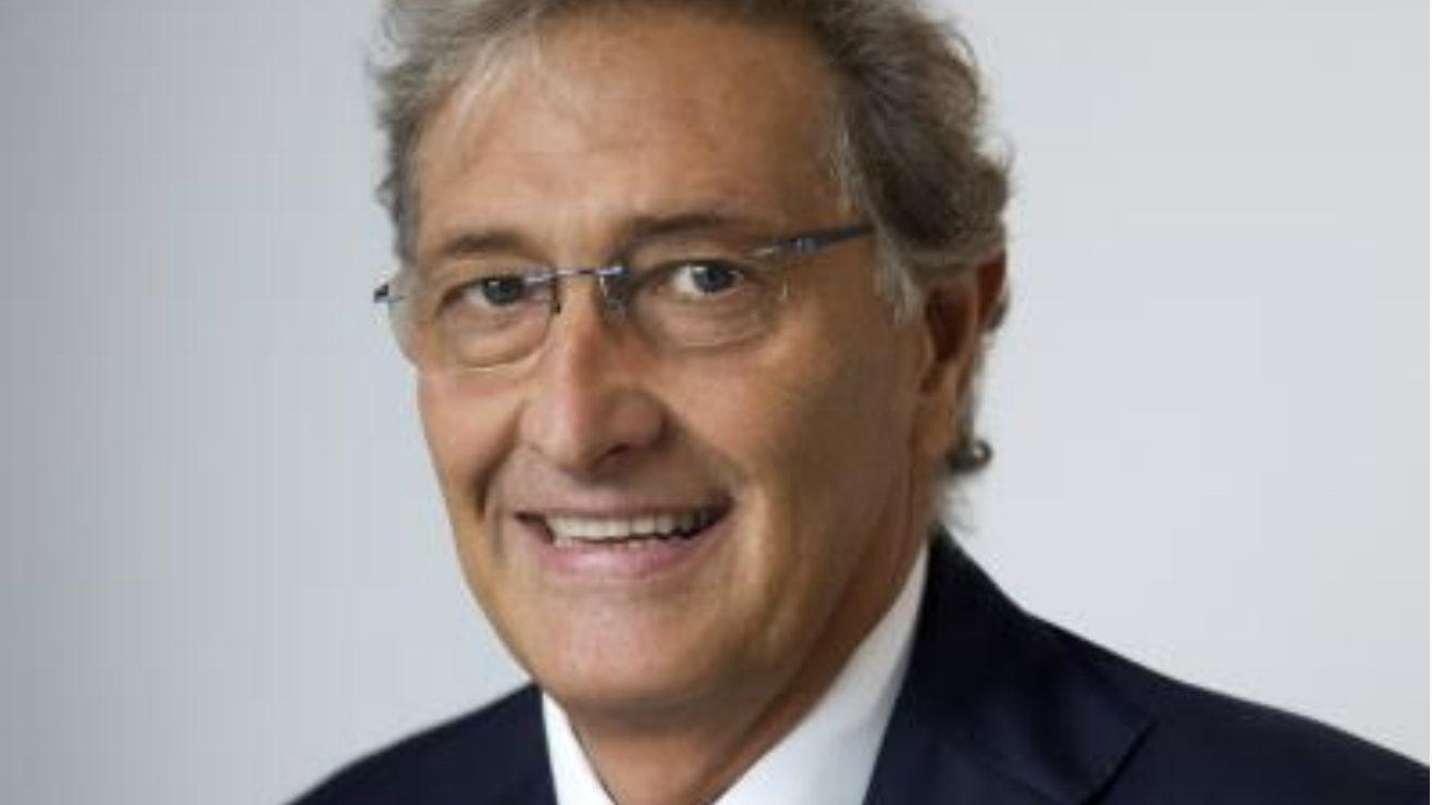 """Guido Rasi sul COVID-19: """"Fidarsi solo dei canali ufficiali"""""""