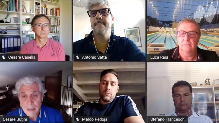 At the pool bar. Il live con i tecnici Casella, Franceschi, Pedoja e Satta.