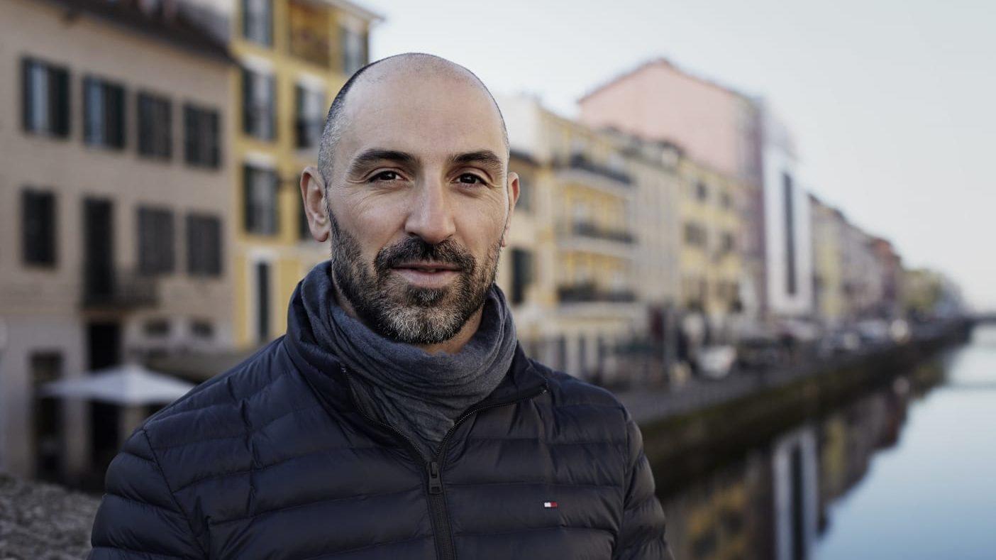 """Dal nuoto alla scrittura: """"Effetto domino"""", il primo romanzo di Luca Borreca"""