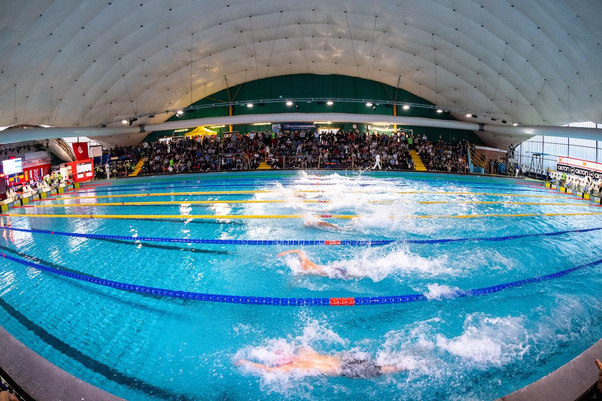 """""""Qualunque locale attrezzato per praticare sport"""": piscine riaperte a giugno? Urgono chiarimenti (AGGIORNAMENTO)"""