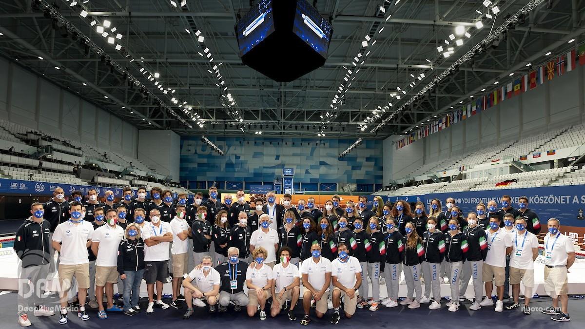 """Italia prima nella classifica per nazioni """"LEN Trophy"""". Terzi nel medagliere, ma con il maggior numero di medaglie."""