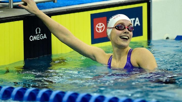 USA. Carolina del Nord. Claire Curzan (16) al WRJ dei 50 stile libero (24.17), nei 100 farfalla 56.43.